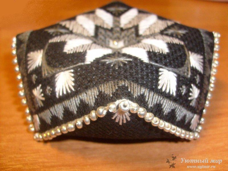 Схемы вышивки черная