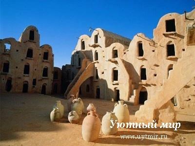 Тунис, отдых, путешествие, пляжи, валюта, чаевые, достопримечательности, бары, природа, Африка, Тозёр, город, нефта, тур, экскурсия, оазис, мечеть, Кайруан, рибат, монастир, Сус